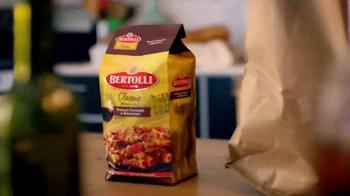 Bertolli Italian Sausage & Rigatoni TV Spot, 'Stir Things Up' - Thumbnail 2