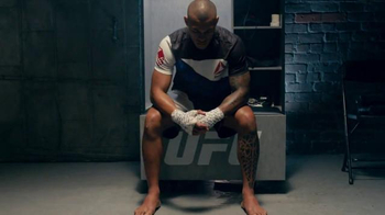UFC Store TV Spot, 'Ultimate Fight Kits'