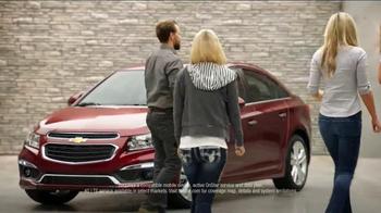 2016 Chevrolet Cruze TV Spot, 'Woodchipper' - Thumbnail 8