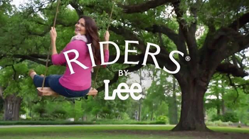 Riders by Lee Jeans Heavenly Touch Denim TV Spot, 'Comfort and Slimming' - Thumbnail 4
