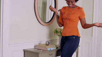 Riders by Lee Jeans Heavenly Touch Denim TV Spot, 'Comfort and Slimming' - Thumbnail 5