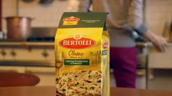 Bertolli Chicken Florentine & Farfalle TV Spot, 'Patio' - Thumbnail 1