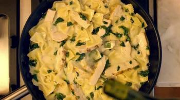 Bertolli Chicken Florentine & Farfalle TV Spot, 'Patio' - Thumbnail 4