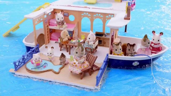 Calico Critters Seaside Cruiser House Boat TV Spot, 'Adventures'