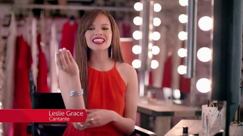 Colgate Optic White TV Spot, 'Accesorios' con Leslie Grace [Spanish] - 877 commercial airings