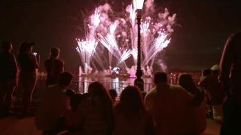 Disney Parks & Resorts TV Spot, 'Junto sucede aquí' [Spanish] - Thumbnail 10