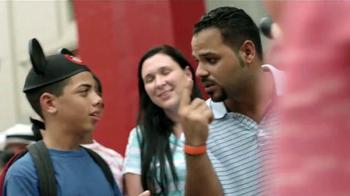 Disney Parks & Resorts TV Spot, 'Junto sucede aquí' [Spanish] - Thumbnail 4
