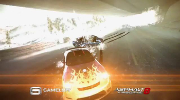 Asphalt 8: Airborne TV Spot, 'Ultimate Racing Experience' - Thumbnail 2