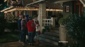 Old Navy TV Spot, 'Coro de Navidad' con Judy Reyes [Spanish] - Thumbnail 1