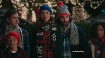 Old Navy TV Spot, 'Coro de Navidad' con Judy Reyes [Spanish] - Thumbnail 10