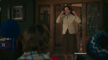 Old Navy TV Spot, 'Coro de Navidad' con Judy Reyes [Spanish] - Thumbnail 9