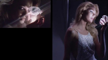 Versace Bright Crystal TV Spot, 'Holiday Gift Set' Feat. Candice Swanepoel - Thumbnail 4
