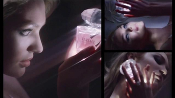 Versace Bright Crystal TV Spot, 'Holiday Gift Set' Feat. Candice Swanepoel - Thumbnail 6