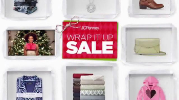 JCPenney Wrap It Up Sale TV Spot, 'Last-Minute Gifts' - Thumbnail 2