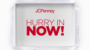 JCPenney Wrap It Up Sale TV Spot, 'Last-Minute Gifts' - Thumbnail 3