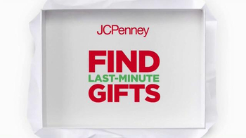 JCPenney Wrap It Up Sale TV Spot, 'Last-Minute Gifts' - Thumbnail 4