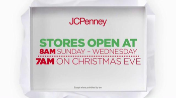 JCPenney Wrap It Up Sale TV Spot, 'Last-Minute Gifts' - Thumbnail 5