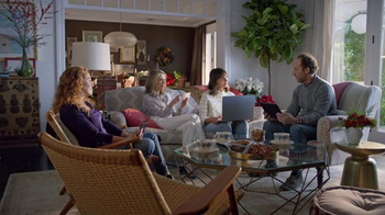Fios by Verizon TV Spot, 'What Holiday Movie Are You Watching?' - Thumbnail 7