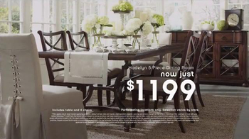 Ashley Furniture Homestore New Year's Savings Bash TV Spot, 'Ring in 2016' - Thumbnail 5