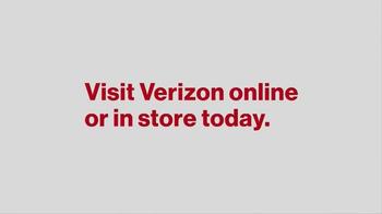 Verizon TV Spot, 'Gift of a Better Network' - Thumbnail 7