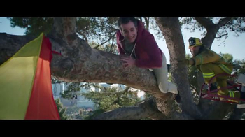 Jack in the Box Chipotle Chicken Club TV Spot, 'Fireman' - Thumbnail 5