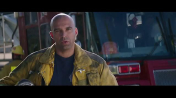 Jack in the Box Chipotle Chicken Club TV Spot, 'Fireman' - Thumbnail 7