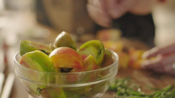 Blue Apron TV Spot, 'Heirloom Tomato' - Thumbnail 4