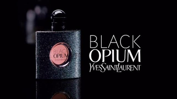 Yves Saint Laurent Beauty Black Opium TV Spot, 'Tunnel' Song by Emma Louise - Thumbnail 7