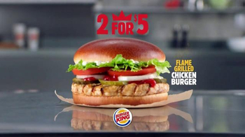 Burger King Flame Grilled Chicken Burger TV Spot, 'Getting Old' - Thumbnail 10