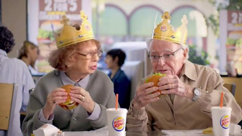 Burger King Flame Grilled Chicken Burger TV Spot, 'Getting Old' - Thumbnail 4