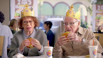 Burger King Flame Grilled Chicken Burger TV Spot, 'Getting Old' - Thumbnail 5