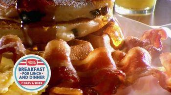 Golden Corral Breakfast TV Spot, 'Peaches and Cream Waffles' - Thumbnail 4