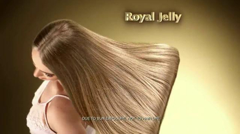 Tio Nacho Younger Looking Shampoo TV Spot, 'Royal Jelly' - Thumbnail 7