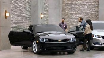 Chevrolet Holiday Bonus Tag TV Spot, 'Holiday Deals: Equinox' - 226 commercial airings