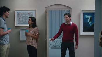 Febreze Air Effects Heavy Duty TV Spot, 'Nose Blind: Bathroom' - Thumbnail 3