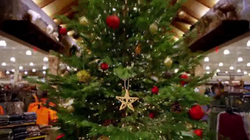 Cabela's Christmas Sale TV Spot, 'Flannels, Slippers and eGift Cards' - Thumbnail 3