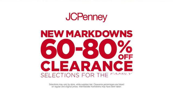 JCPenney Red Zone Clearance Event TV Spot, 'Hurry In and Save Big' - Thumbnail 3