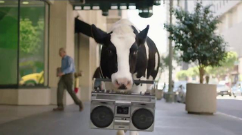 Chick-fil-A Catering TV Spot, 'Gather Around' Song by The Bee Gees - Thumbnail 3