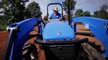 New Holland Agriculture TV Spot, 'Best Camouflage'