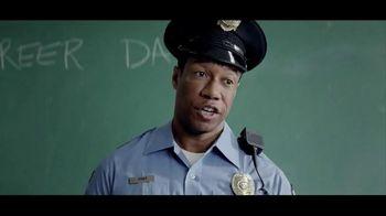 Kraft Macaroni & Cheese TV Spot, 'Officer Dan' - Thumbnail 3