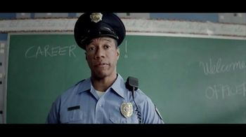 Kraft Macaroni & Cheese TV Spot, 'Officer Dan'