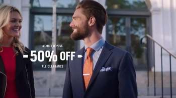 Men's Wearhouse New Year, New You Event TV Spot, 'BOGO Winter' - Thumbnail 3