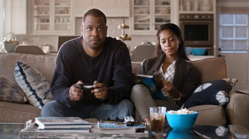 Time Warner Cable 24-Hour Service Turnaround TV Spot, 'Escaping Rom-Com' - Thumbnail 4