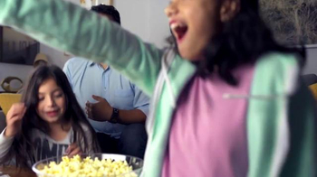 Time Warner Cable Preferred TV TV Spot, 'When and Where You Want' - Thumbnail 3