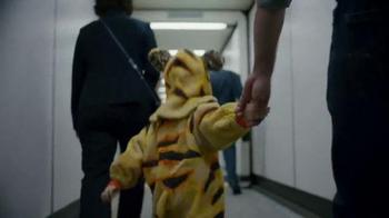 Expedia TV Spot, 'Zoo' - Thumbnail 1