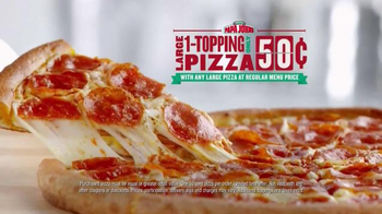 Papa John's TV Spot, 'Pocket Change' Featuring J.J. Watt, Peyton Manning - Thumbnail 8
