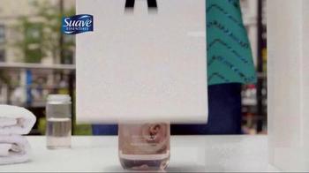 Suave Essentials Body Wash TV Spot, 'Let Your Senses Decide' - Thumbnail 4