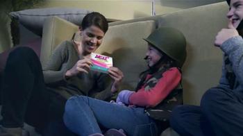 Next Daytime Cold & Flu Relief TV Spot, 'La batalla' [Spanish] - Thumbnail 4