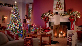 The Home Depot TV Spot, 'La magia de las fiestas: Star Shower' [Spanish] - Thumbnail 3