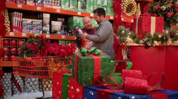 The Home Depot TV Spot, 'La magia de las fiestas: Star Shower' [Spanish] - Thumbnail 5